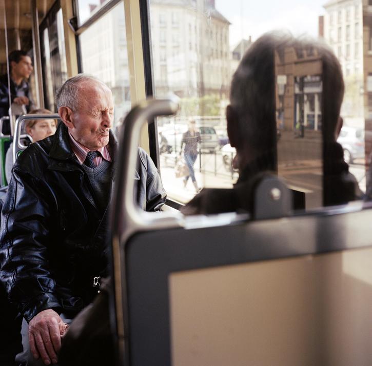 Instant dans le tramway de Nantes : .