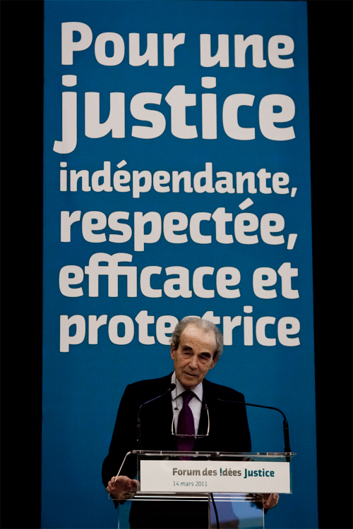 Robert Badinter à Paris : .