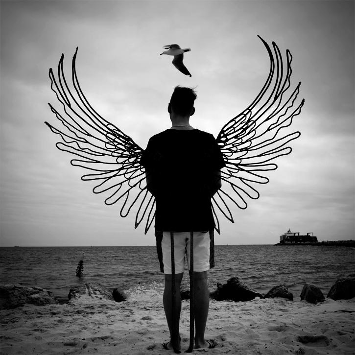 Jeune Estonien sur la plage de Frementle, Western Australia : .