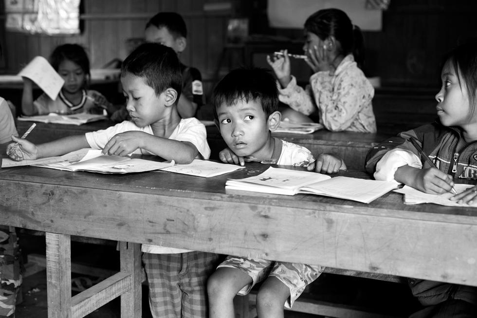 Reportage au sein d'une école au Cambodge : .