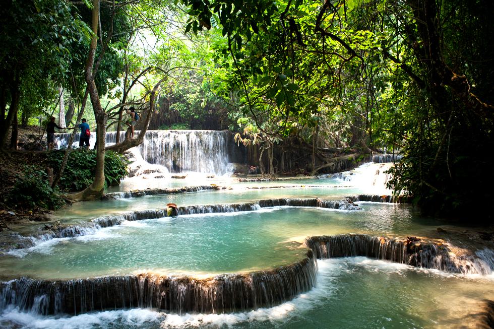 Cascade à Kuang Si au Laos : .