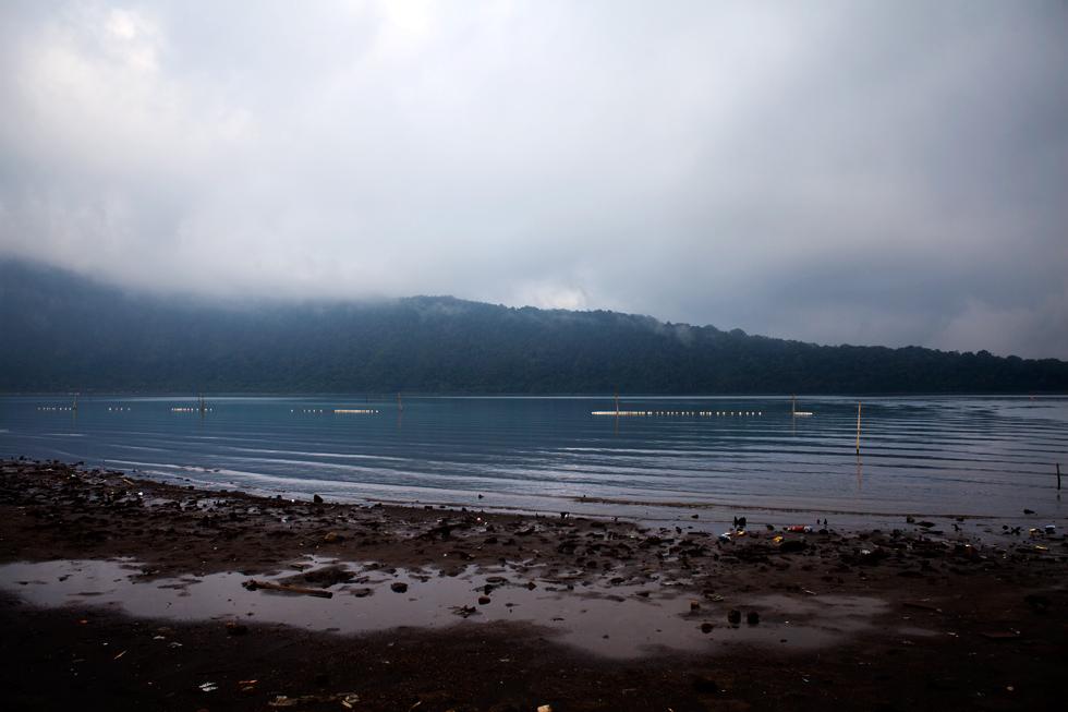 Lac à Bali, Indonésie : .