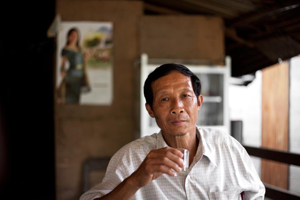 À Pak Ou au Laos : .