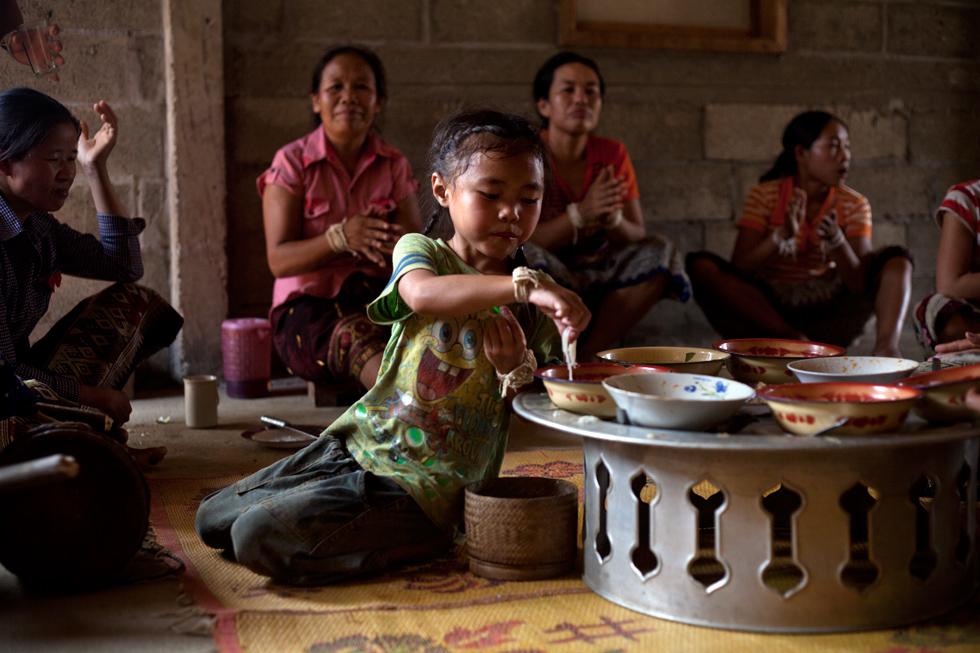 Pimay, Nouvel An Bouddhiste à Huay Bo au Laos : .