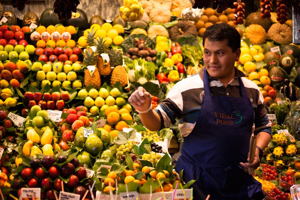 vendeur de fruits marché barcelone